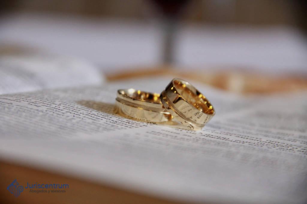 anillos sobre capitulaciones matrimoniales